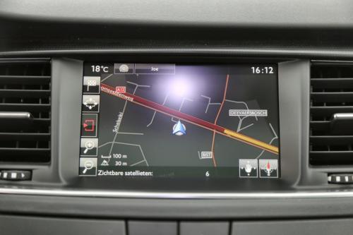 PEUGEOT 508 SW  Allure 1.6 BLUEHDI + GPS + LEDER + CAMERA + PDC + PANO DAK + ALU 18