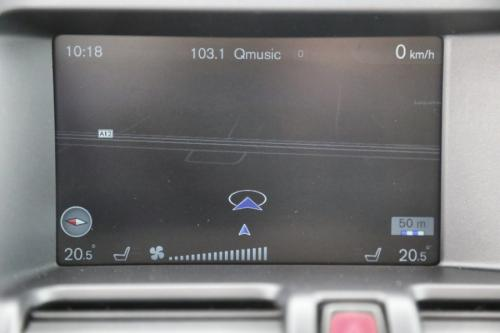VOLVO XC60 Momentum 2.0D3 + GPS + LEDER + PANO DAK + CRUISE + PDC + ALU 17