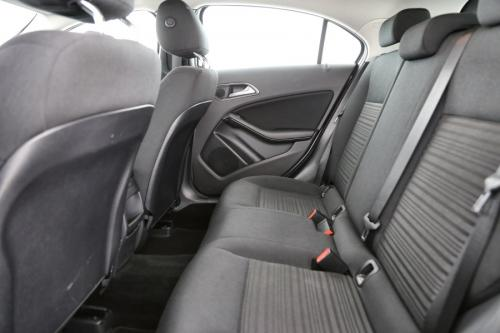 MERCEDES-BENZ A 180 A180D BLUE EFF. EDIT. + GPS + AIRCO + CRUISE