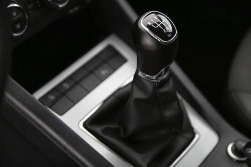 SKODA Octavia Combi 1.6 CRDI Ambition + GPS + PDC + CRUISE + AIRCO + ALU