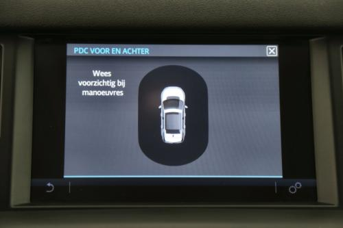 LAND ROVER Discovery Sport Pure urban 2.0 eD4 2WD + GPS + LEDER + PDC + ALU 18