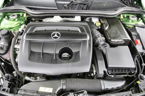 MERCEDES-BENZ A 180 BlueEfficiency Style Edition d + GPS + PDC + CAMERA + AIRCO + ALU 16