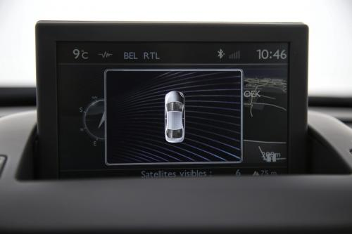 PEUGEOT 5008 1.6 BLUEHDI + A/T + 7 PL + GPS + CRUISE + PDC + ALU 16
