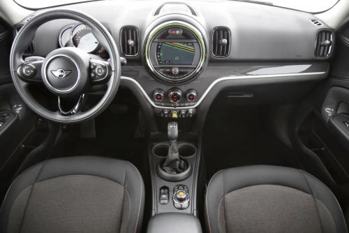 MINI Cooper Coutryman SE 1.5i All4 + A/T + GPS + PDC +  ALU 17