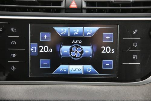 CITROËN Grand C4 Picasso Exclusive 1.6 BlueHDi 7PL. + GPS + DIGITAL DASH. + PDC