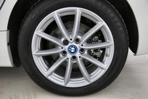 BMW 225 XE ACTIVE TOURER + GPS + CAMERA + PDC