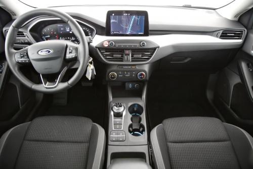 FORD Focus Clipper Trend Business Edition 1.0i EcoBoost + GPS + PDC + CRUISE + ALU 16