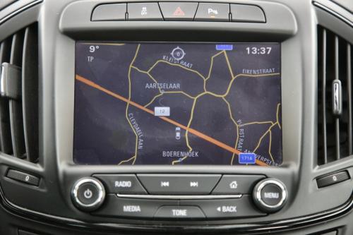 OPEL Insignia Sports Tourer Cosmo  2.0 CDTi + GPS + LEDER + PDC + CRUISE + XENON + ALU 17 + TREKHAAK