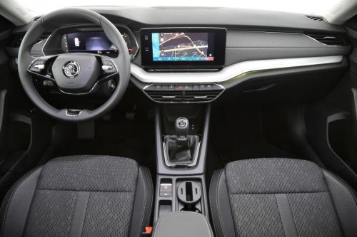 SKODA Octavia 2.0 TDI Style + GPS + PANO + CAMERA + PDC