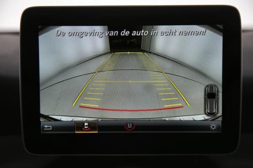 MERCEDES-BENZ GLA 200 D + GPS + CAMERA + PDC