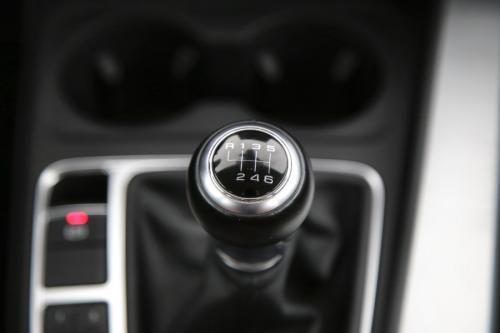AUDI A4 Avant Ultra 2.0 TDI + GPS + LEDER + LED + PDC
