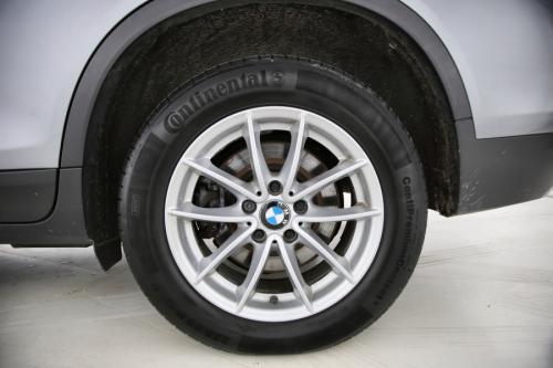 BMW X3 xDrive 20dA + GPS + LEDER + PDC