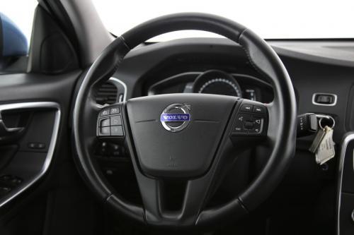 VOLVO S60 2.0 D2 KINETIC+ GPS + LEDER + PDC