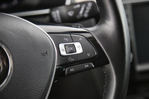 VOLKSWAGEN Passat Variant HighLine 2.0 TDI DSG + GPS + LEDER + TREKHAAK + PDC + CRUISE + ALU