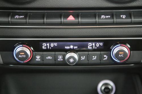 AUDI A3 1.6 TDI + GPS + PDC + XENON + ALU 16