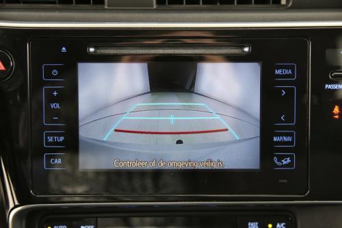 TOYOTA Auris 1.8i HSD E-CVT + GPS + CAMERA