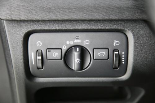 VOLVO V40 2.0 D2 Momentum + GPS + PDC