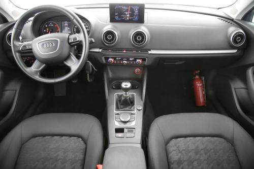AUDI A3 Sportback Ultra Attraction 1.6 TDI + GPS + PDC + AIRCO + ALU 16