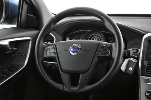 VOLVO XC60 Kinetic 2.0D3 + GPS + PDC + CRUISE + TREKHAAK + AIRCO + ALU 17