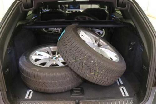BMW 530 DA XDRIVE TOURING M-SPORT + GPS + LEDER + LED + CAMERA + PDC