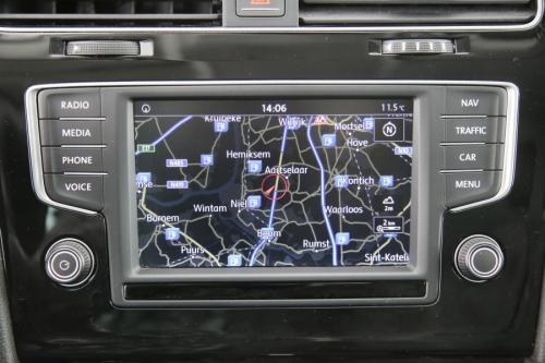 VOLKSWAGEN Golf Variant 1.6 TDI DSG ALLSTAR BMT + GPS + PDC + CRUISE + TREKHAAK + ALU 16