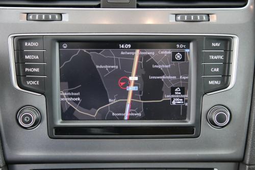 VOLKSWAGEN Golf 1.6 CRTDI TRENDLINE + GPS + PDC + CRUISE + AIRCO