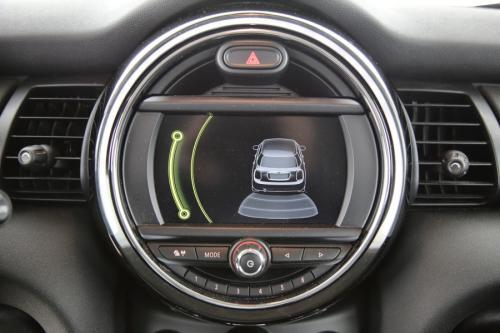 MINI One 1.5d + GPS + PDC + CRUISE + AIRCO + ALU