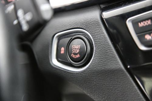 BMW X1 18d XDRIVE DA SPORT + GPS + LEDER + CAMERA + PDC + CRUISE + ALU 17