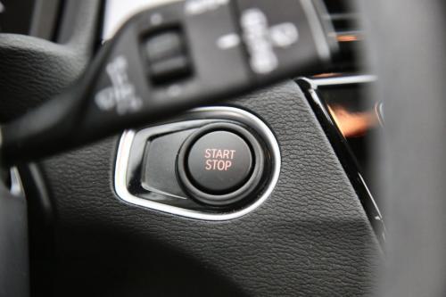 BMW X1 25E XDRIVE  IA + GPS + CAMERA + PDC + CRUISE + ALU 17