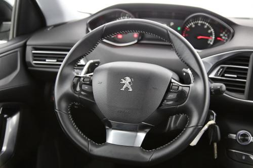 PEUGEOT 308 SW Active 1.2 PureTech + A/T + GPS + PDC + CRUISE + AIRCO + ALU 16