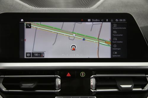 BMW 330 DA TOURING M-SPORT + GPS + HALF- LEDER + CAMERA + PDC