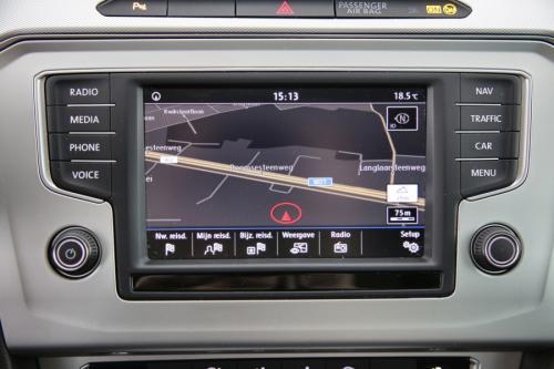 VOLKSWAGEN Passat Variant 1.6 TDI COMFORTLINE + GPS + CAMERA + PDC + CRUISE + ALU 16