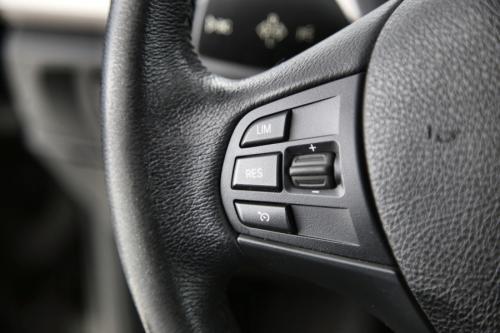 BMW 116 D EFFICIENT DYN + GPS + LEDER + PDC
