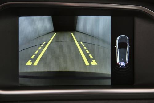 VOLVO V40 MOMENTUM 2.0 D2 + GPS + LEDER + CAMERA + PDC