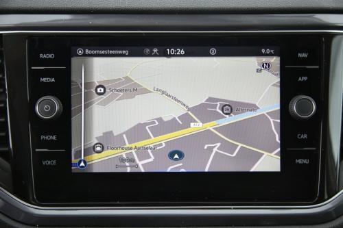 VOLKSWAGEN T-Roc 1.5 TSI DSG PREMIUM + GPS + LED + CAMERA + PDC