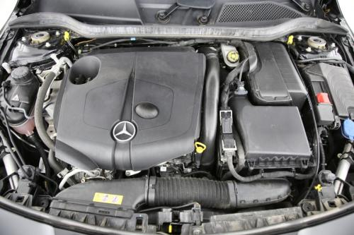 MERCEDES-BENZ CLA 200 SHOOTING BRAKE  AMG-LINE DA  7G-TRONIC + GPS + LEDER + CAMERA + PDC + CRUISE + ALU 18