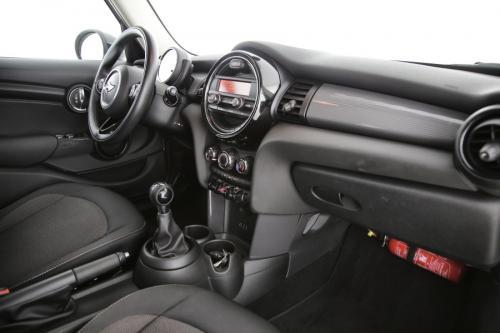 MINI Cooper D TWINPOWER TURBO 1.5d + PDC + CRUISE + AIRCO + ALU 16