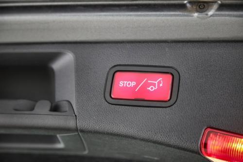 MERCEDES-BENZ E 200 BREAK AVANTGARDE D BLUETEC + GPS + LEDER + PDC + TREKHAAK + CRUISE + ALU 17