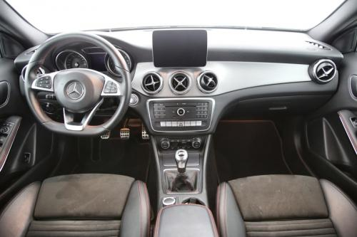 MERCEDES-BENZ GLA 200 AMG BUSINESS SOLUTION D + GPS + CAMERA + PDC + CRUISE + AIRCO + ALU 18