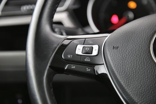 VOLKSWAGEN Touran TrendLine 1.6 TDI BMT DSG + GPS + PDC + CRUISE + AIRCO