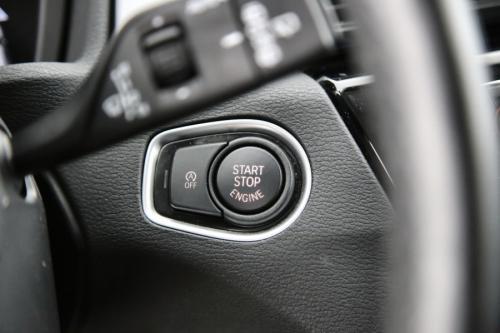 BMW X1 18DA XDRIVE + GPS + LED + PDC