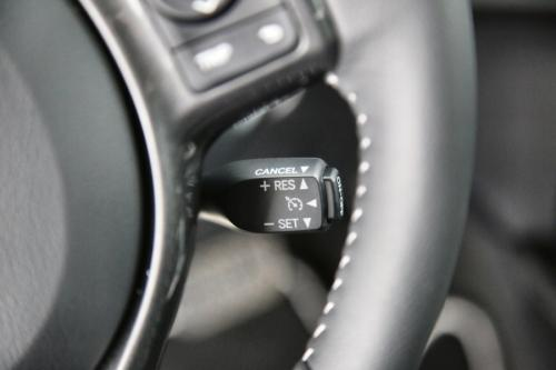 TOYOTA Yaris 1.5 HYBRIDE E-CVT + GPS + CAMERA