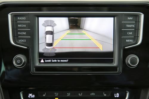 VOLKSWAGEN Passat  HIGHLINE 2.0 TDI + GPS + LEDER + CAMERA + PDC + CRUISE + ALU