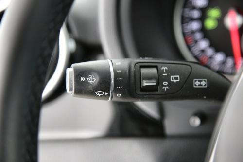 MERCEDES-BENZ B 180  BLUEEFFICIENCY EDITION D + GPS + LEDER + PDC + AIRCO