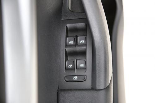 SKODA Octavia COMBI STYLE GREENTEC 1.6 TDI + GPS + LEDER + PDC + CRUISE + TREKHAAK + ALU 16 + XENON