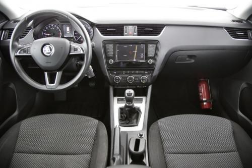 SKODA Octavia COMBI 1.6 CRDI AMBITION + GPS + PDC + CRUISE + AIRCO