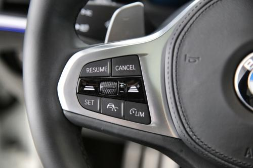 BMW 320 DA TOURING M-SPORT + GPS + PANO + LED + CAMERA + PDC
