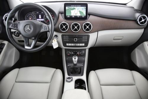 MERCEDES-BENZ B 180 BLUEEFFICIENCY  STYLE EDITION D + GPS + LEDER + CAMERA + CRUISE + ALU 16