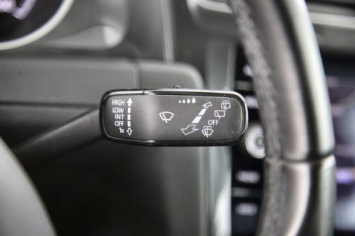 VOLKSWAGEN Golf Variant TRENDLINE BMT 1.6 TDI DSG  + GPS + CAMERA + PDC + CRUISE + AIRCO