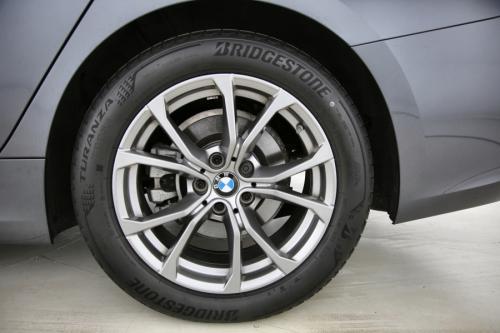 BMW 320 IA TOURING SPORT LINE + GPS + HALF LEDER + PDC